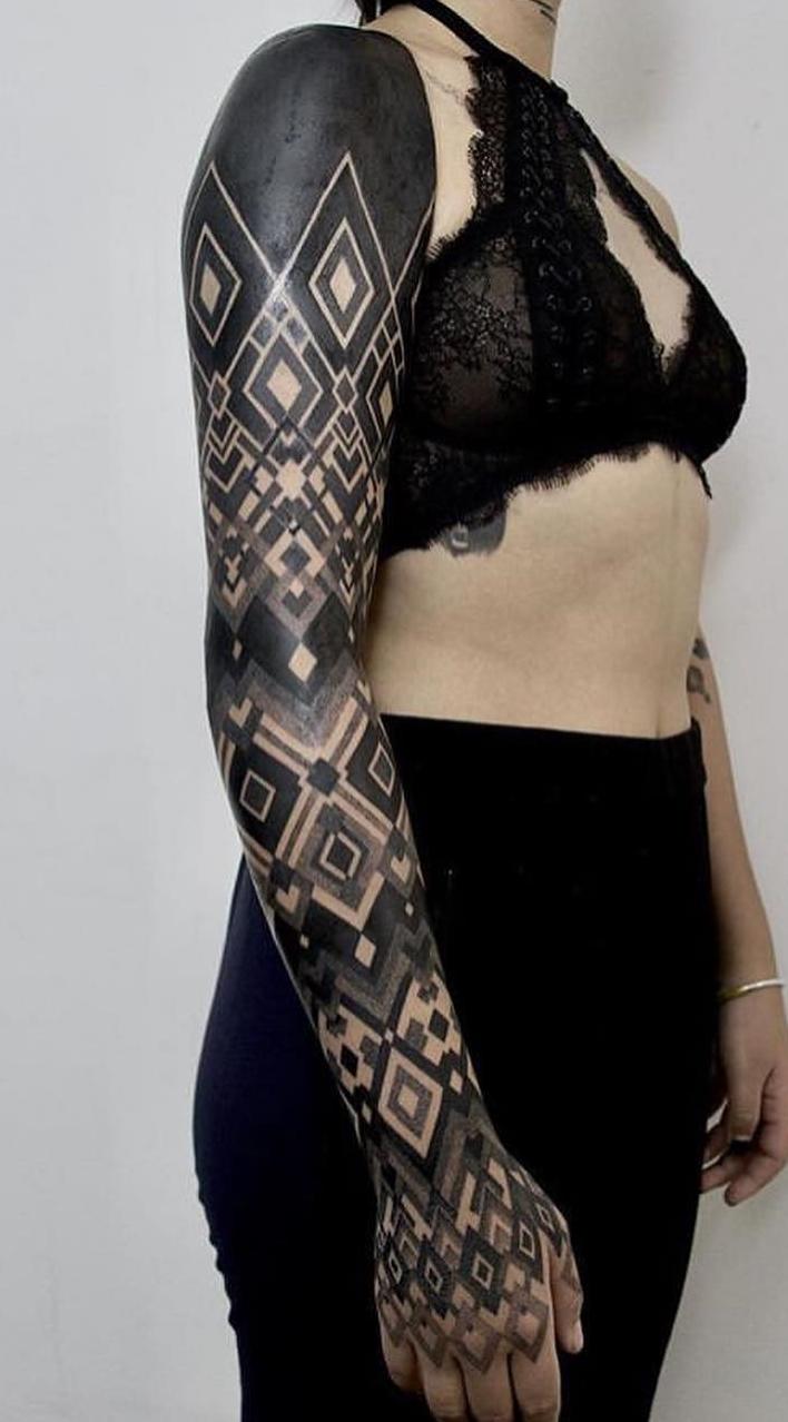 Fotos-de-tatuagens-de-braço-fechado-femininas-8-1