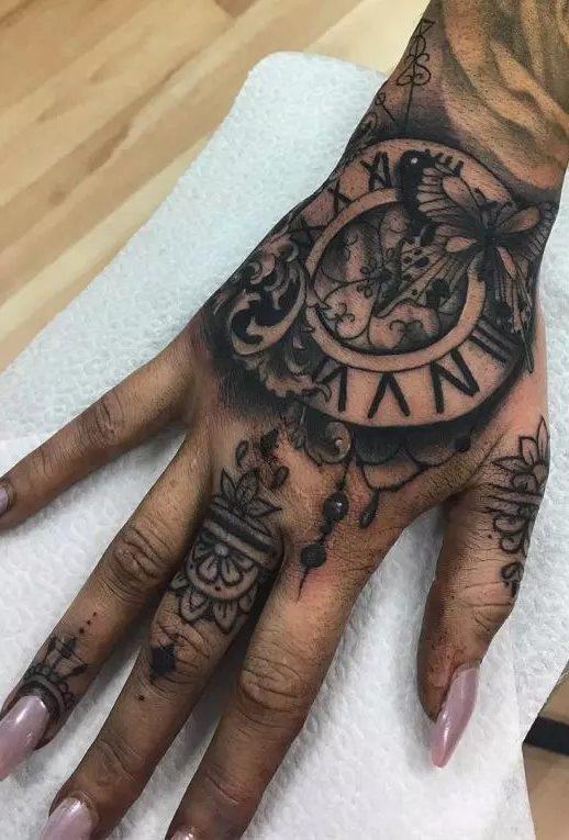 Tatuagens-de-relogios-178