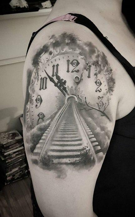Tatuagens-de-relogios-55