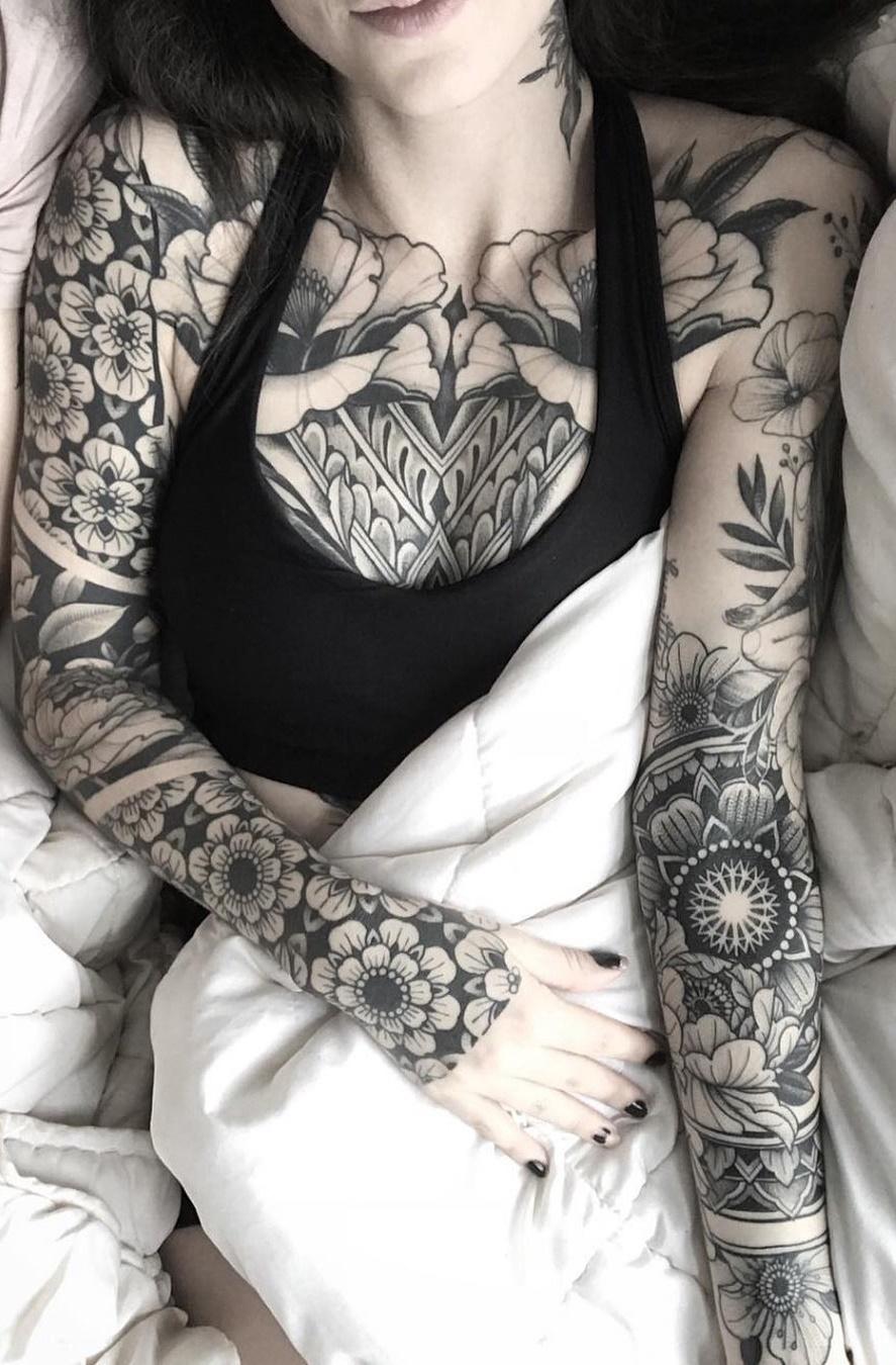 Tatuagens-femininas-de-braço-fechado-16