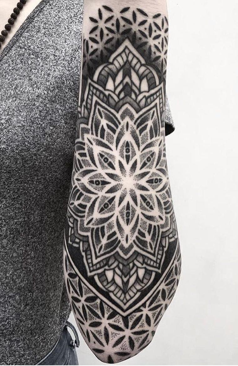 Tatuagens-femininas-no-antebraço-167