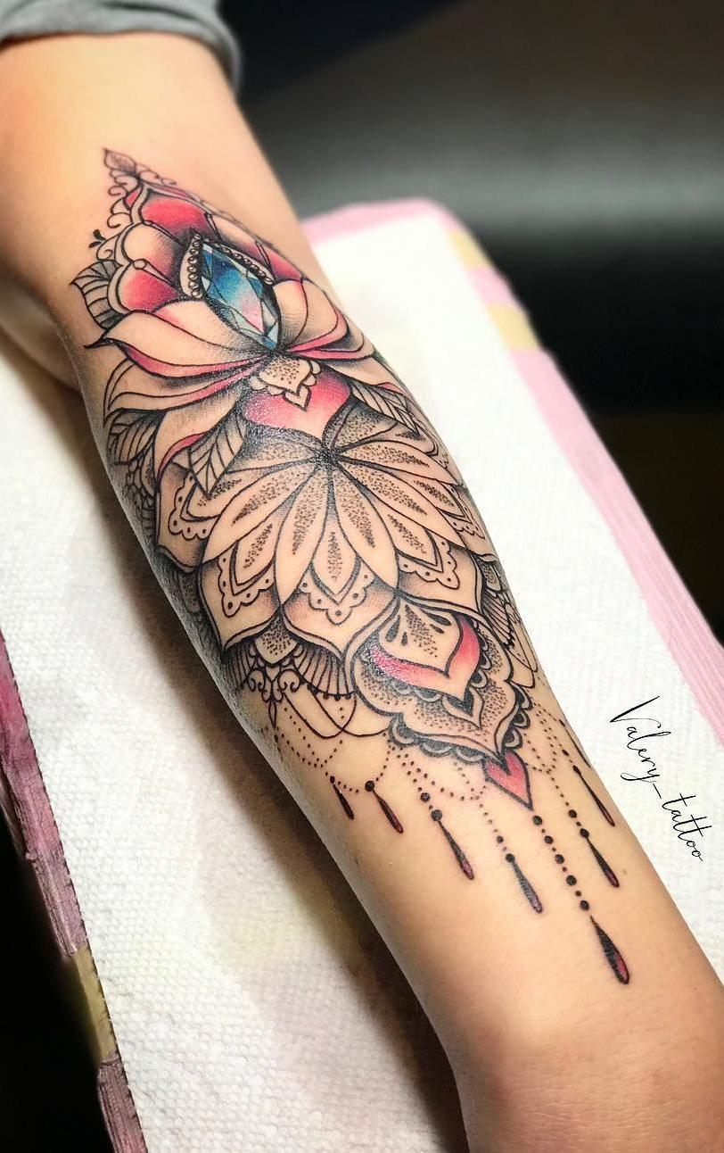Tatuagens-femininas-no-antebraço-197