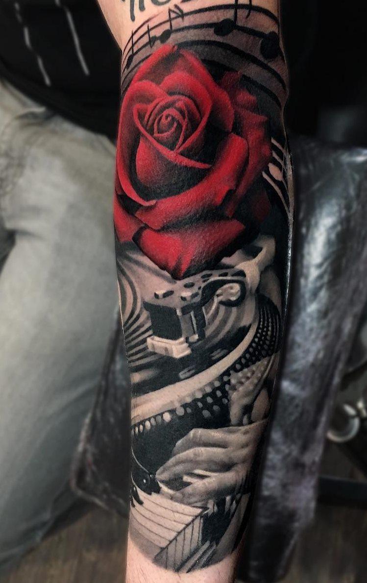 Tatuagens-femininas-no-antebraço-203