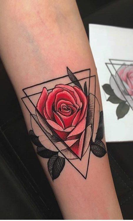 Tatuagens-femininas-no-antebraço-247