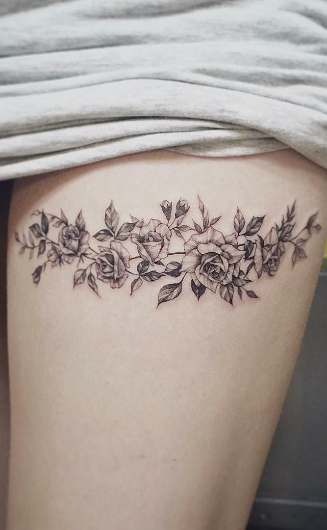 Tatuagens-na-coxa-de-flores-12-1