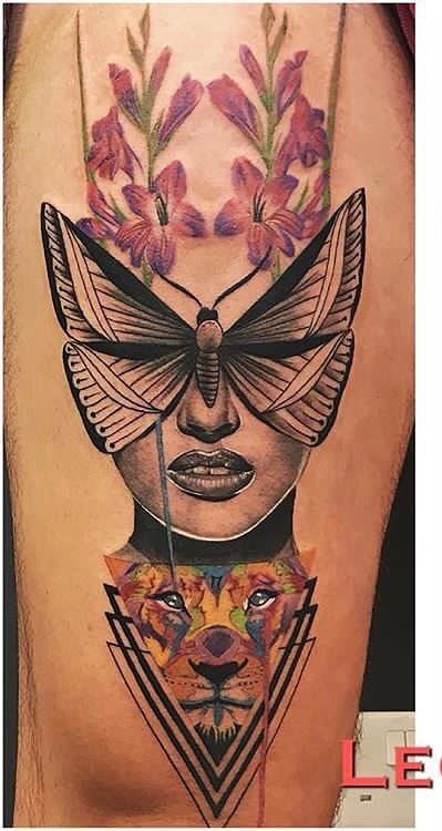 Tatuagens-na-coxa-de-flores-34
