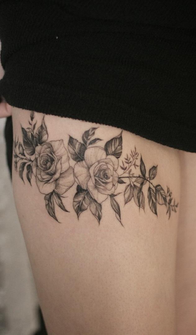 Tatuagens-na-coxa-de-flores-7-1