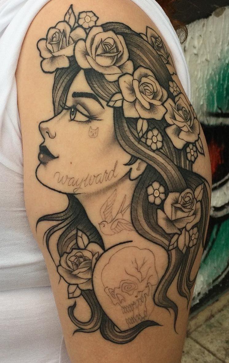 Tatuagens-na-parte-superior-do-braço-feminino-1