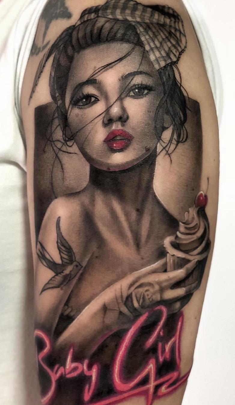 Tatuagens-na-parte-superior-do-braço-feminino-2