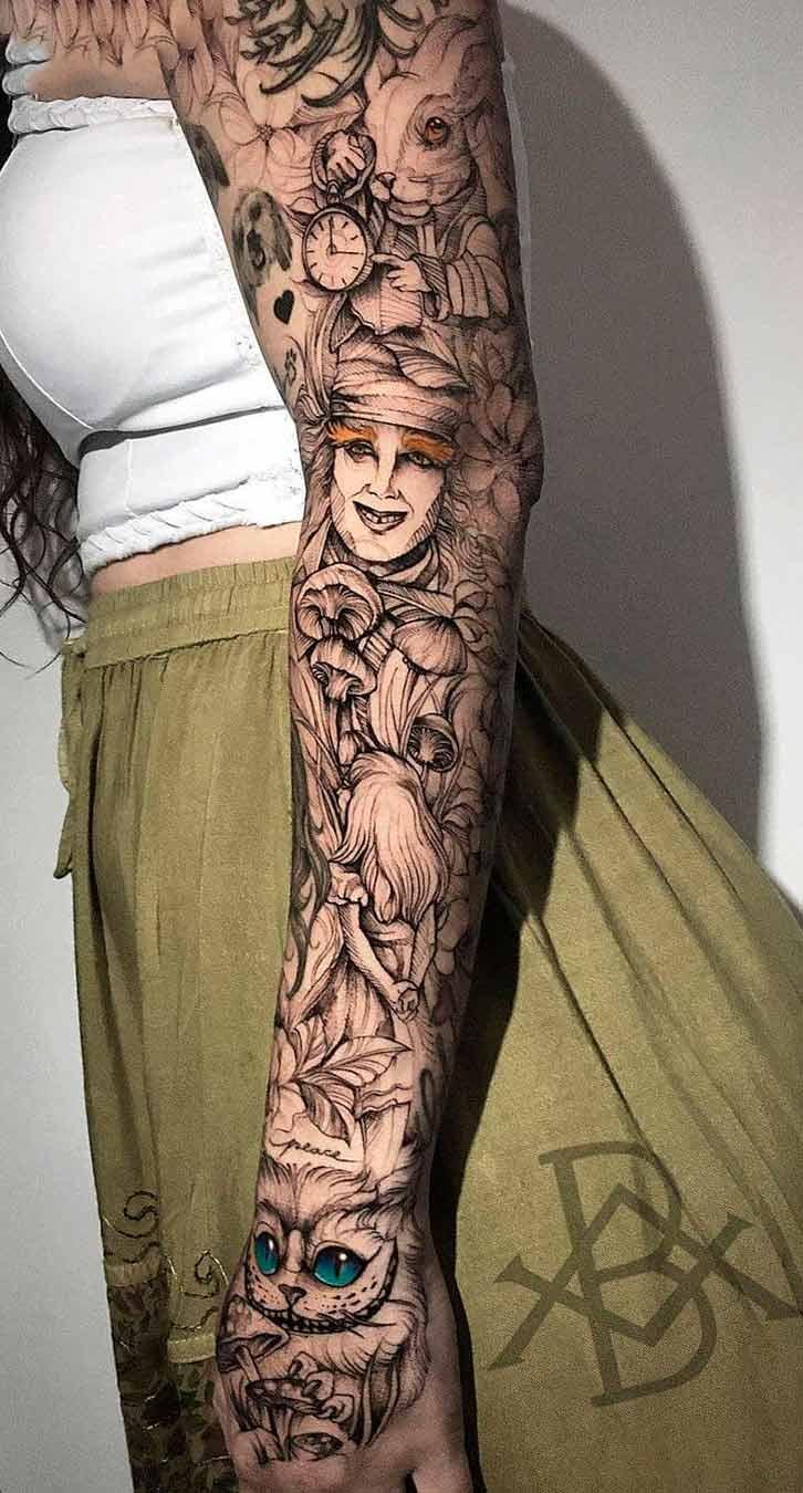 braco-feminino-fechado-de-tatuagem-202