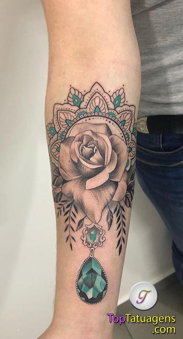 tattoo-feminina-no-antebraço-18