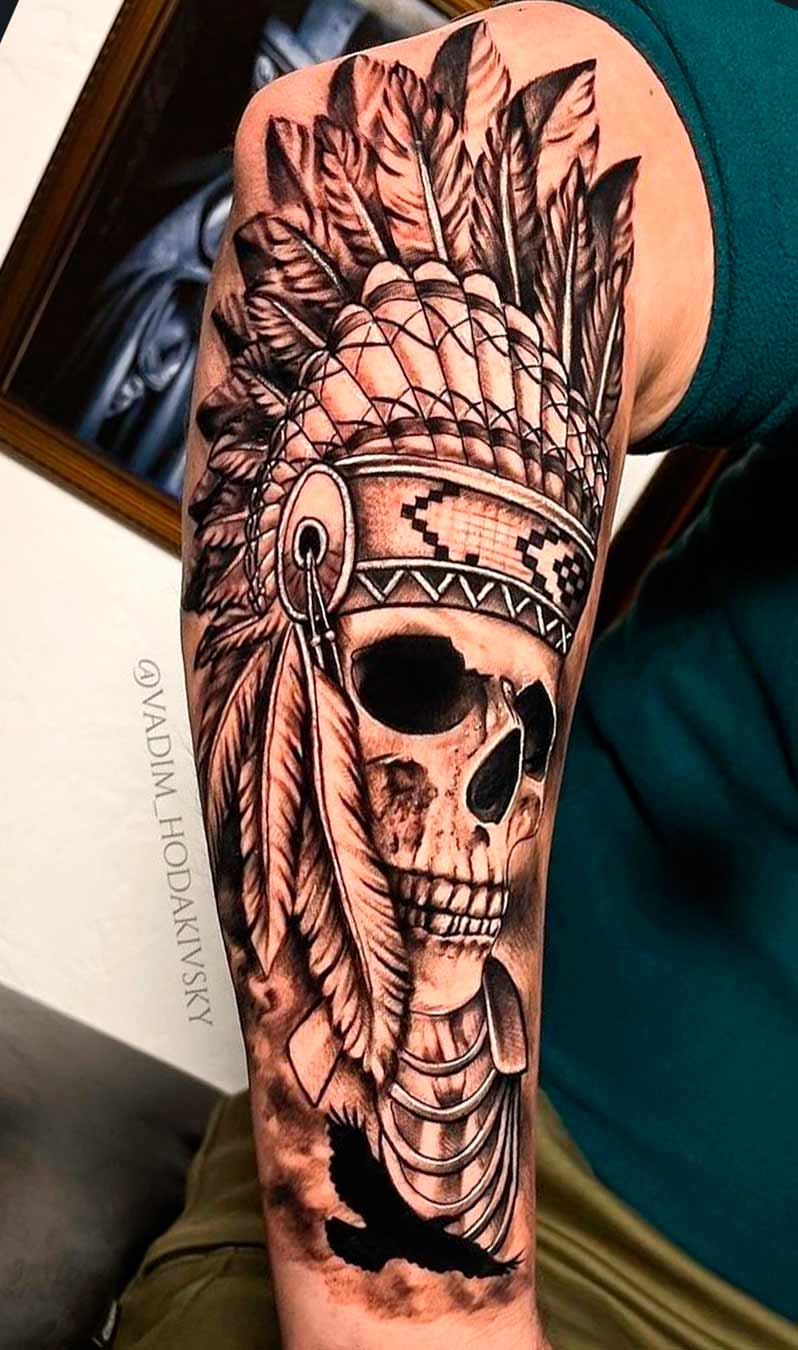 tatuagem-de-caveira-com-penas