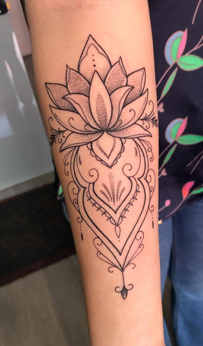 tatuagem-delicada-no-antebraço