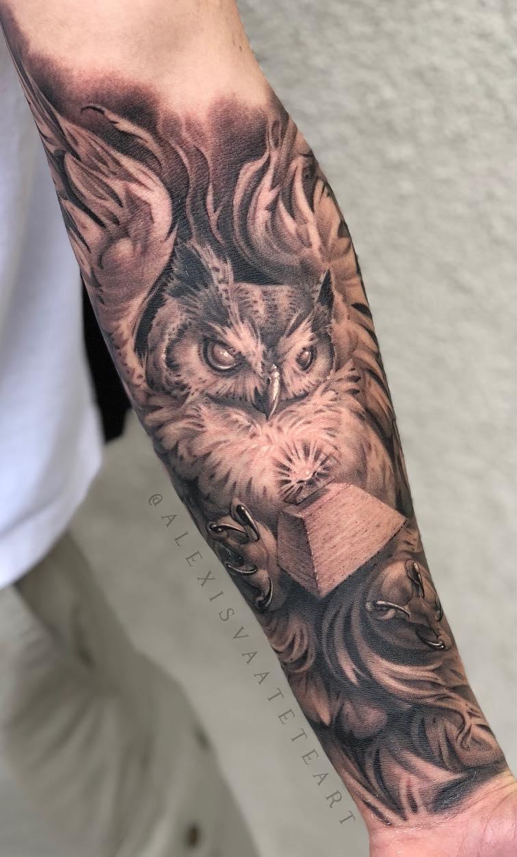 Tatuagem-de-coruja-no-antebraço