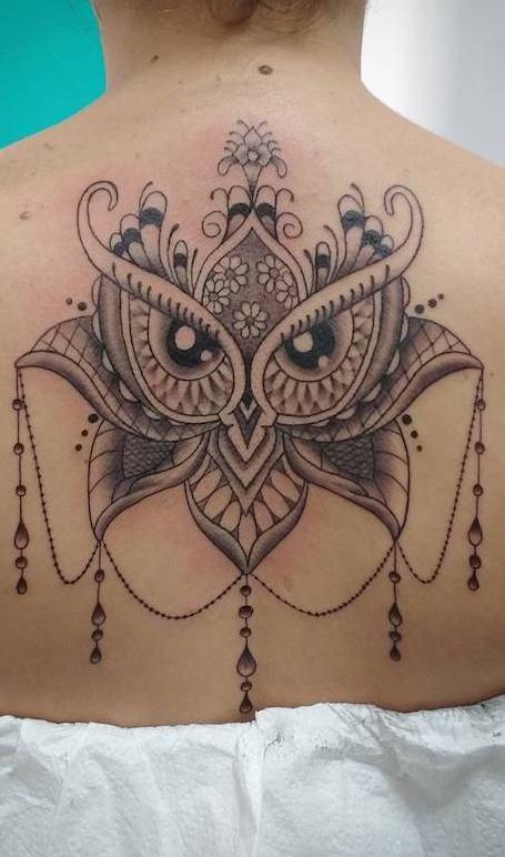 Tatuagens-femininas-de-coruja-96