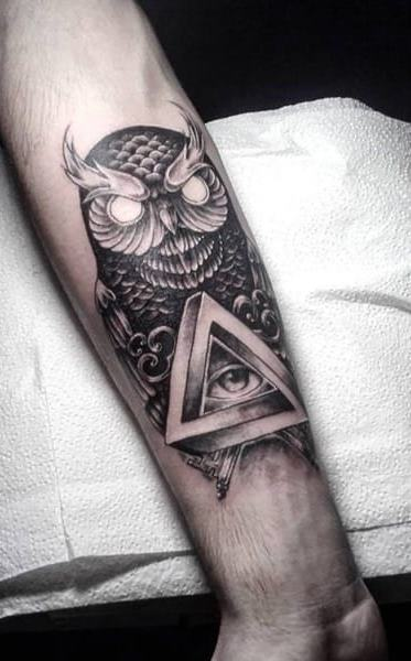 Tatuagens-masculinas-de-coruja-35