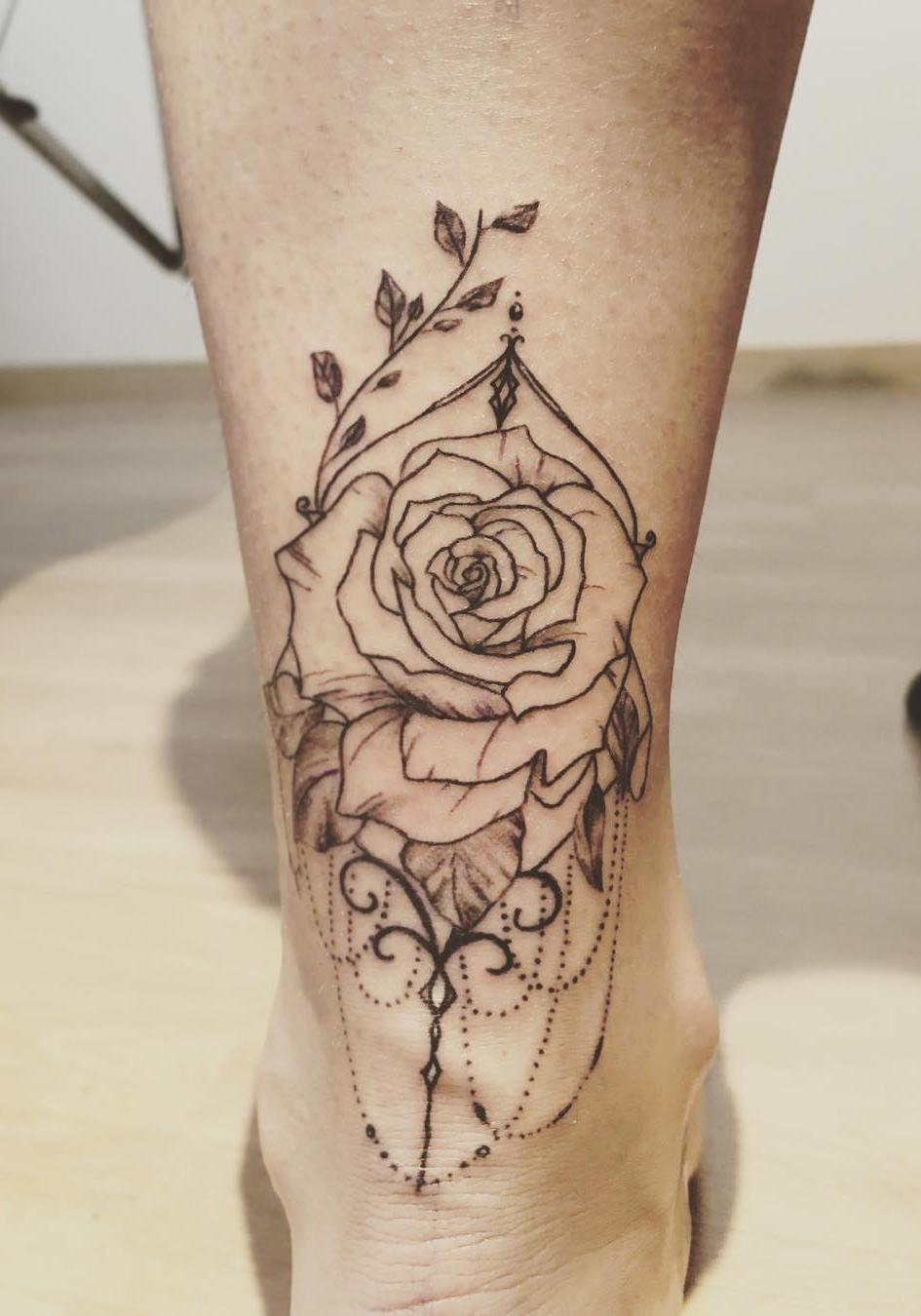Tatuagens-no-tornozelo-16