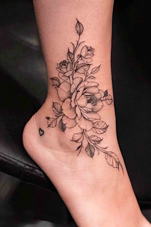 tatuagem-de-rosa-no-tornozelo-1