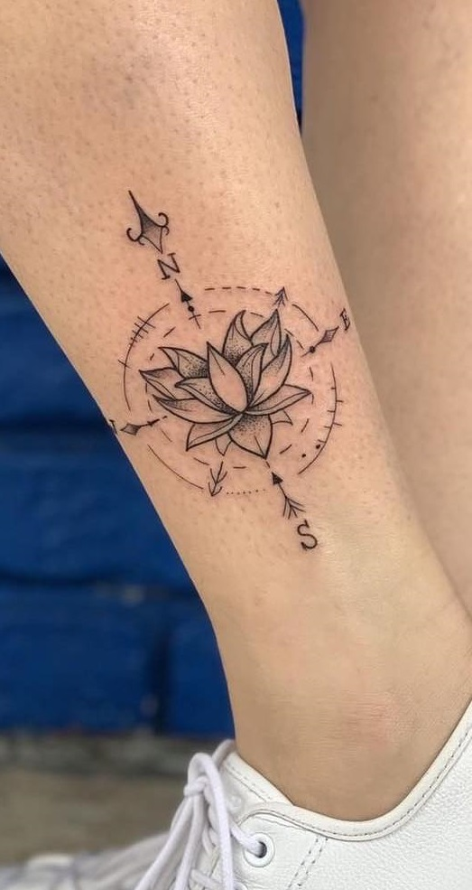 tatuagem-feminina-no-pé-13