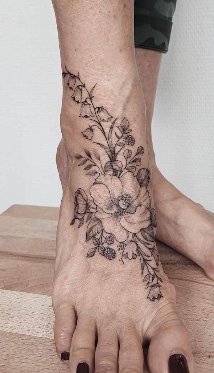 tatuagem-feminina-no-pé-5