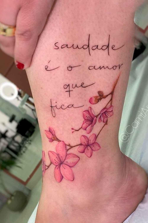 tatuagem-no-tornozelo-escrita