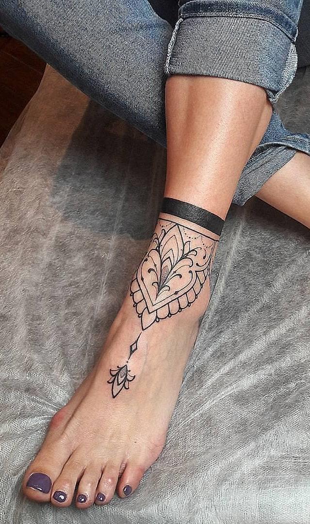 Tatuagens-nos-pés-48