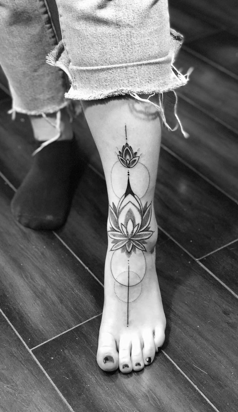 Tatuagens-nos-pés-53
