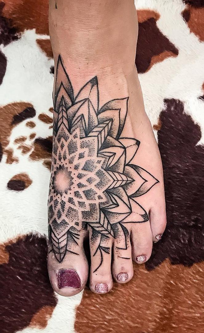 Tatuagens-nos-pés-62