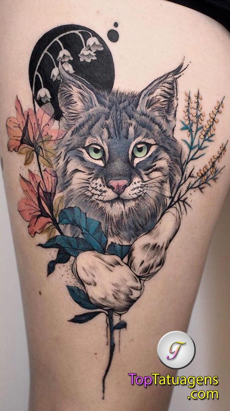 tatuagem-feminina-de-gato-na-coxa