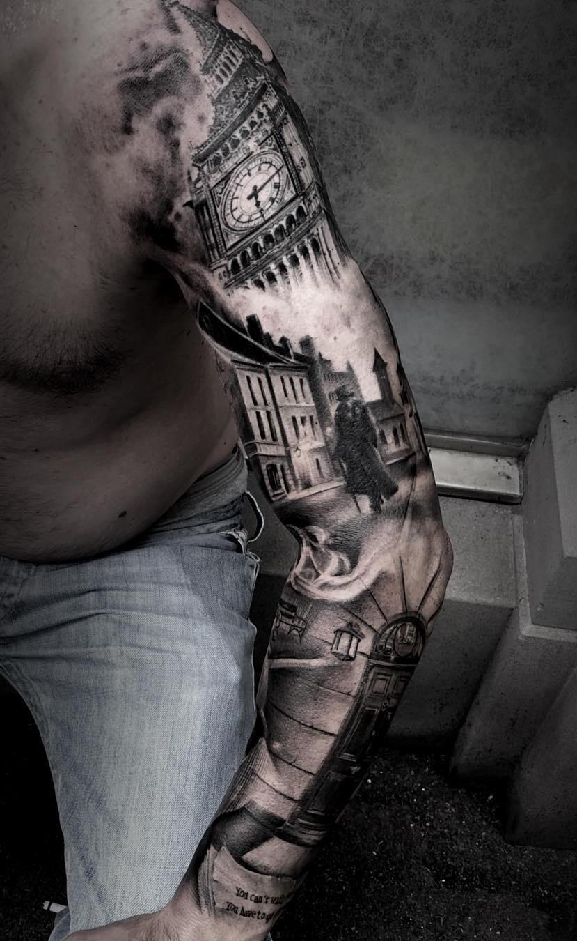 Braço-fechado-de-tatuagens-masculinas-13