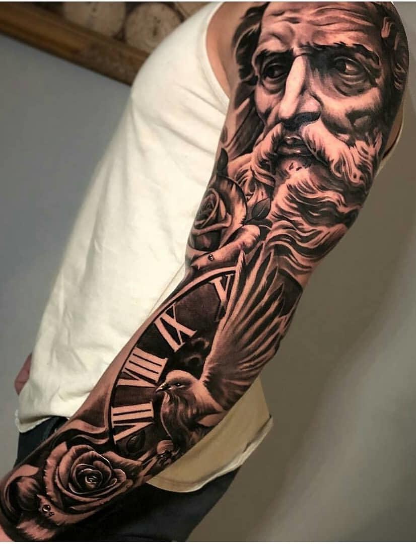 Braço-fechado-de-tatuagens-masculinas-20