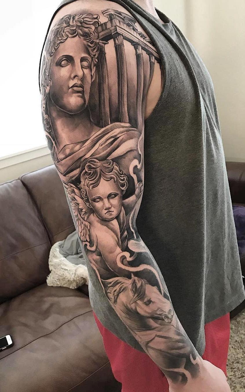 Braço-fechado-de-tatuagens-masculinas-26