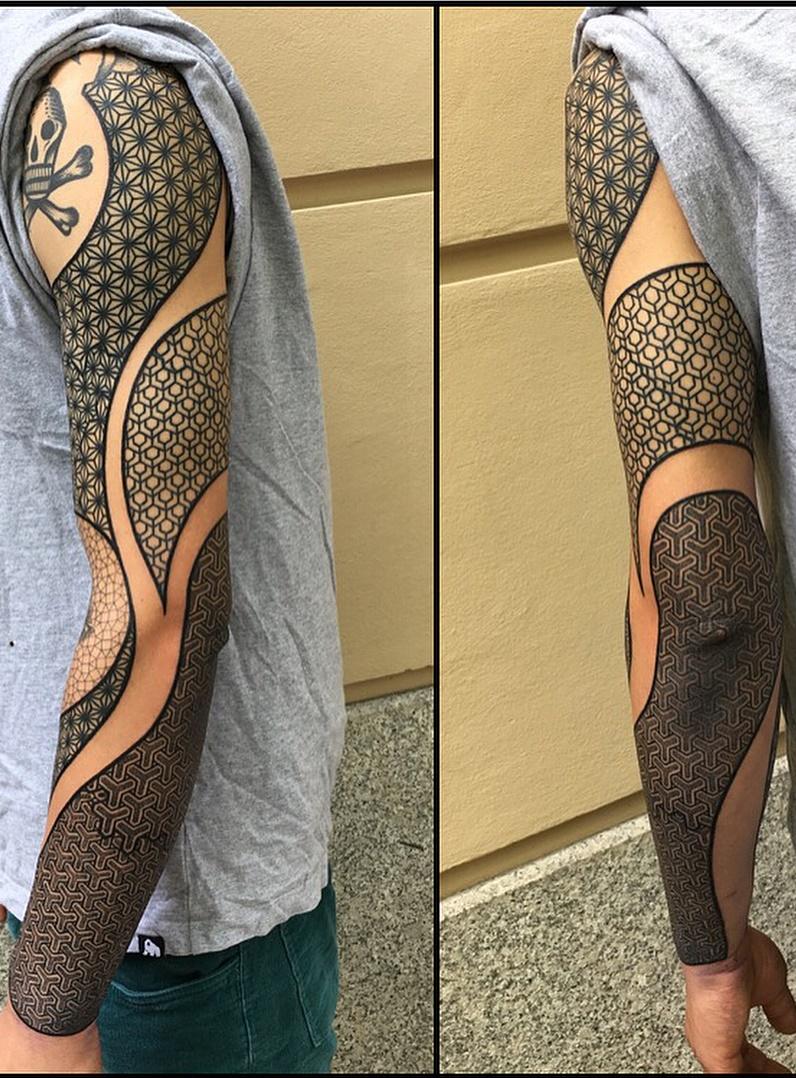 Braço-fechado-de-tatuagens-masculinas-3