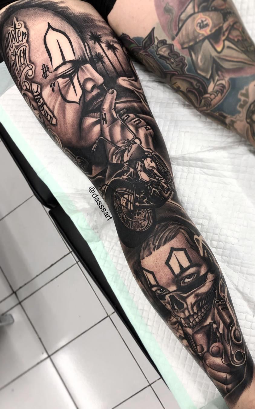 Perna-masculina-fechada-de-tatuagem-1