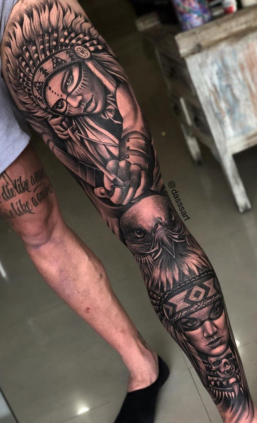 Perna-masculina-fechada-de-tatuagem-4