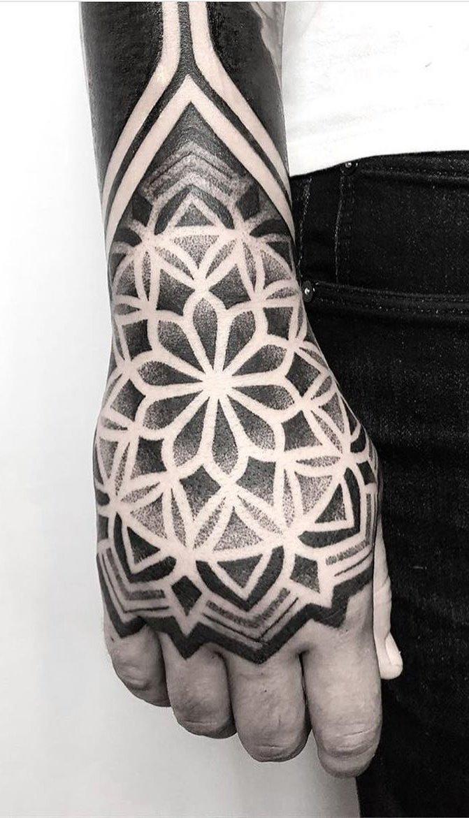 Tattoo-na-mão-2