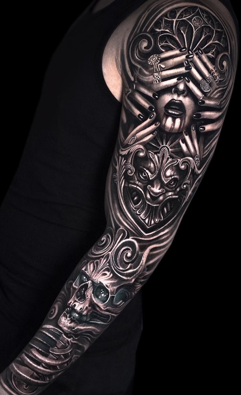 Tatuagem-de-braço-fechado-masculina-1