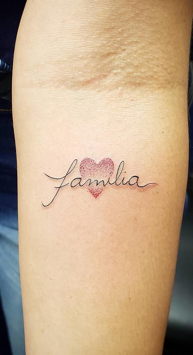 Tatuagens-escrito-familia-13