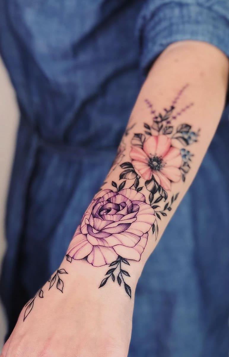 Tatuagens-floridas-no-antebraço-10