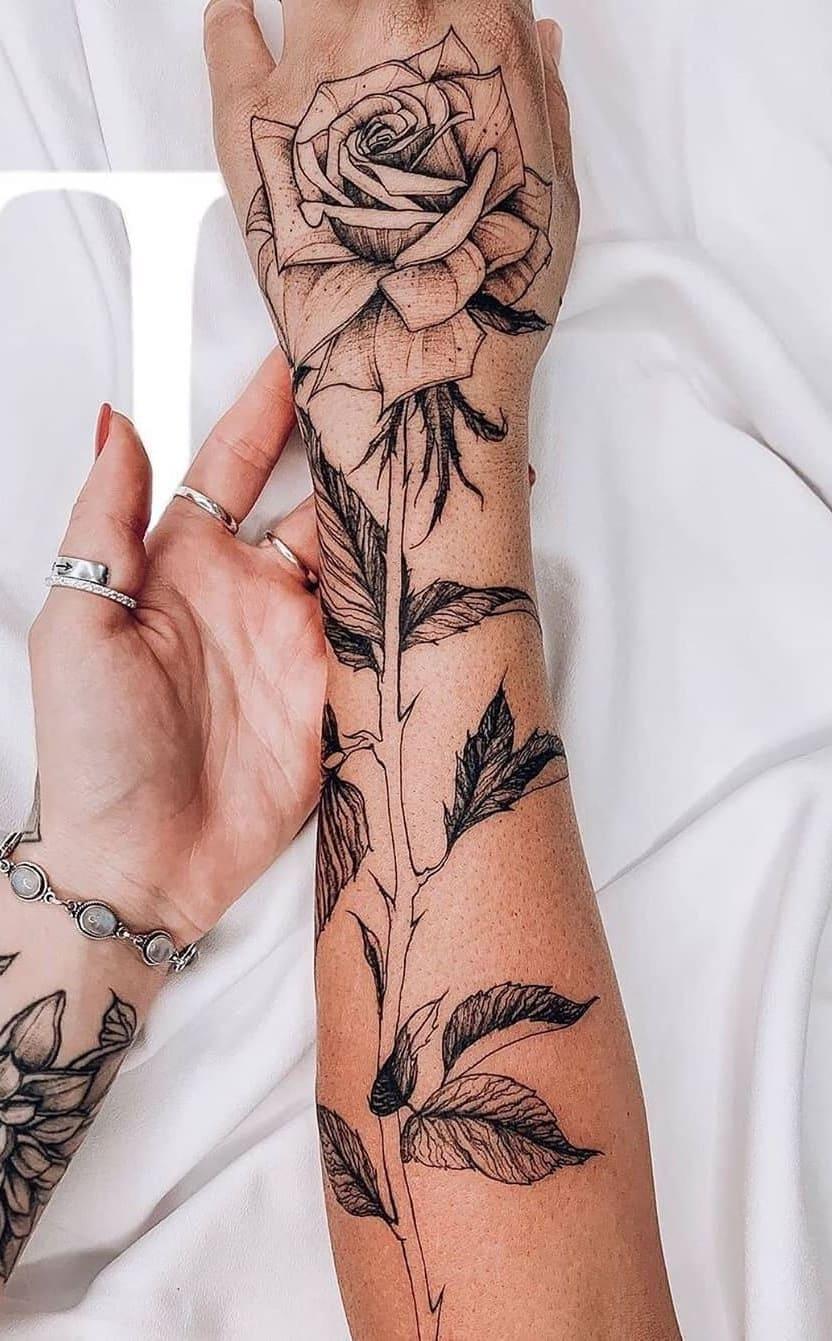Tatuagens-floridas-no-antebraço-16