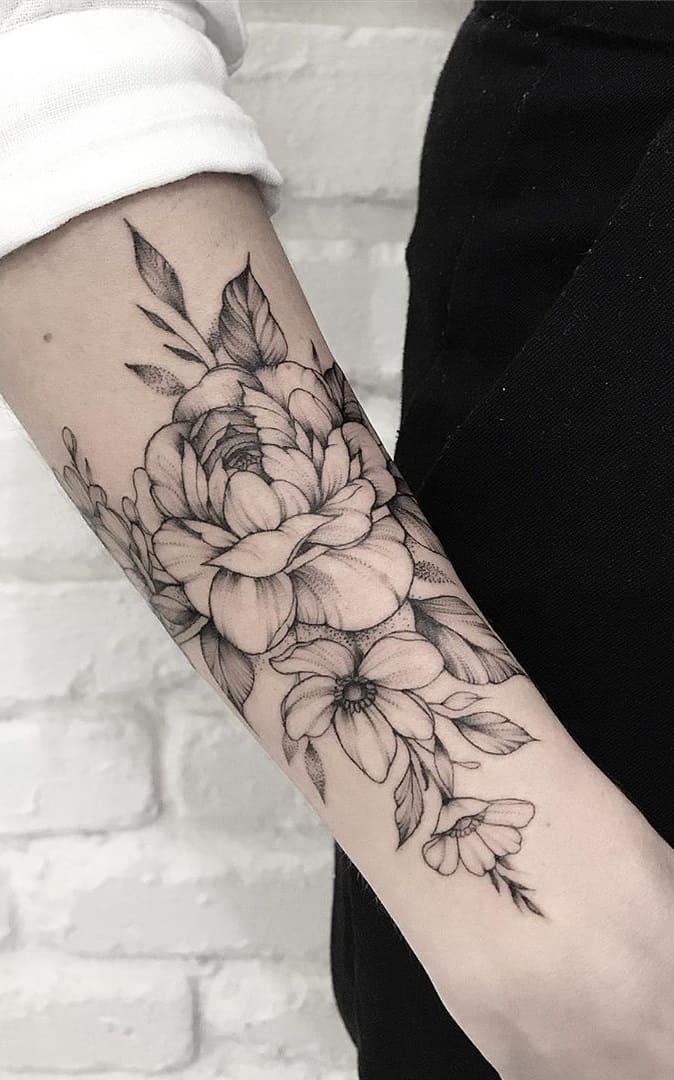 Tatuagens-floridas-no-antebraço-2