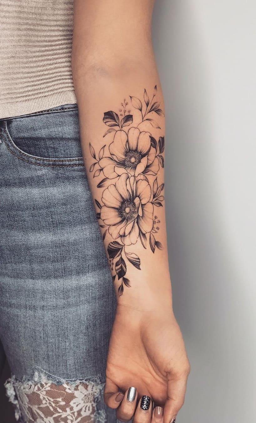 Tatuagens-floridas-no-antebraço-9