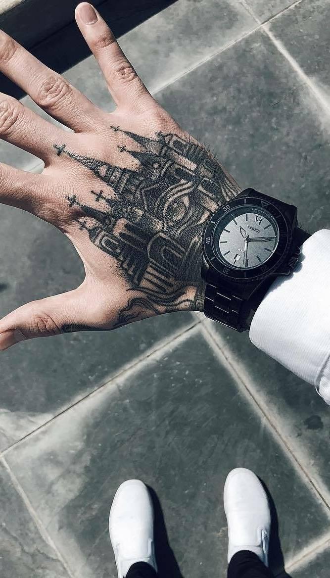 Tatuagens-na-mão-18