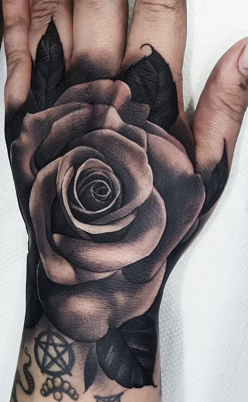Tatuagens-na-mão-27