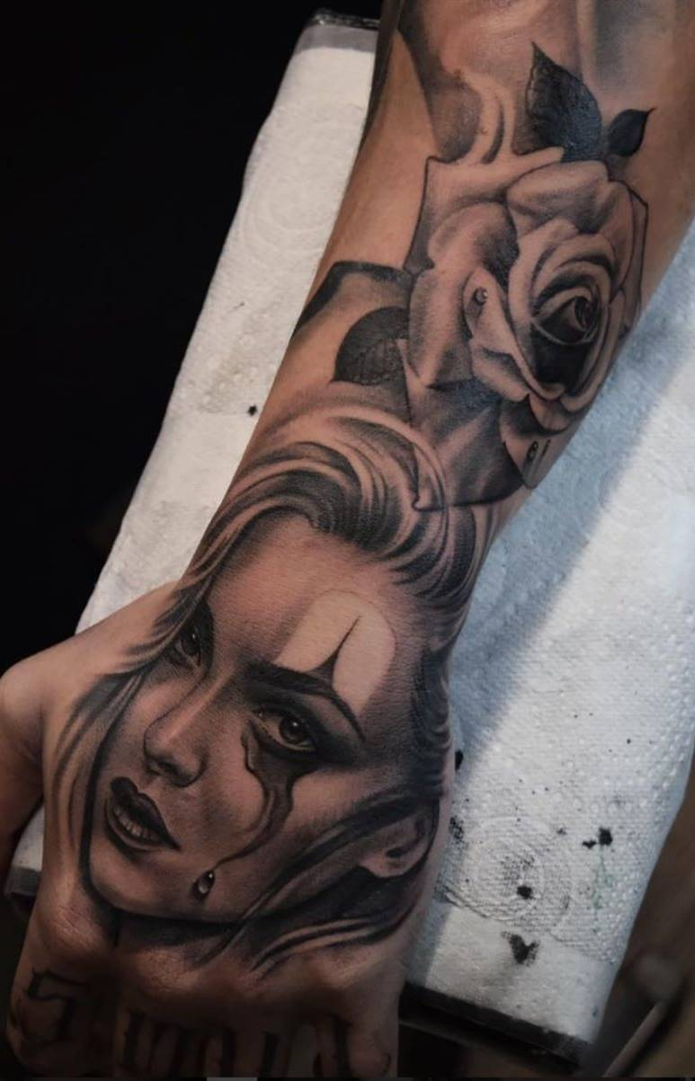 Tatuagens-na-mão-54