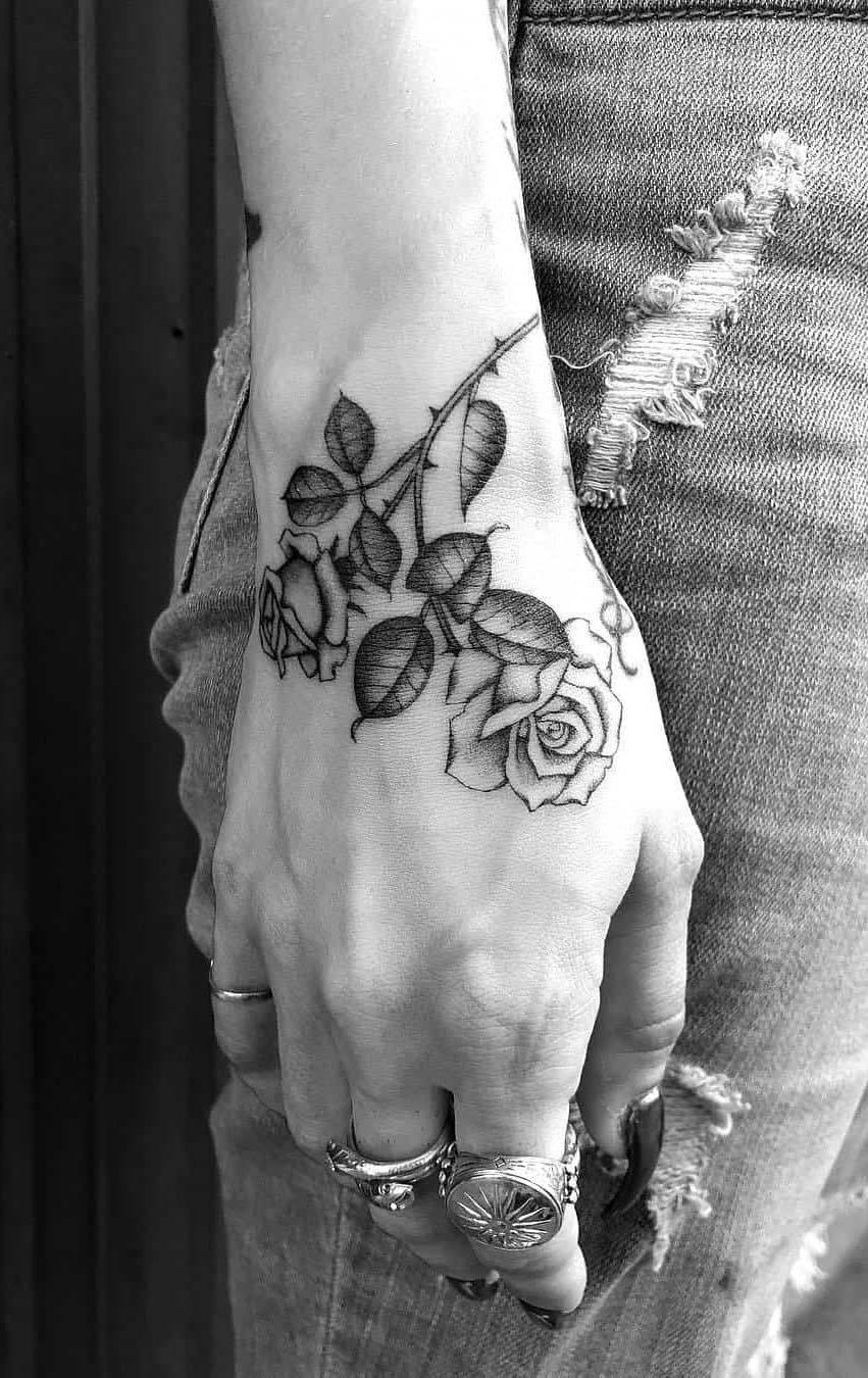 Tatuagens-na-mão-7
