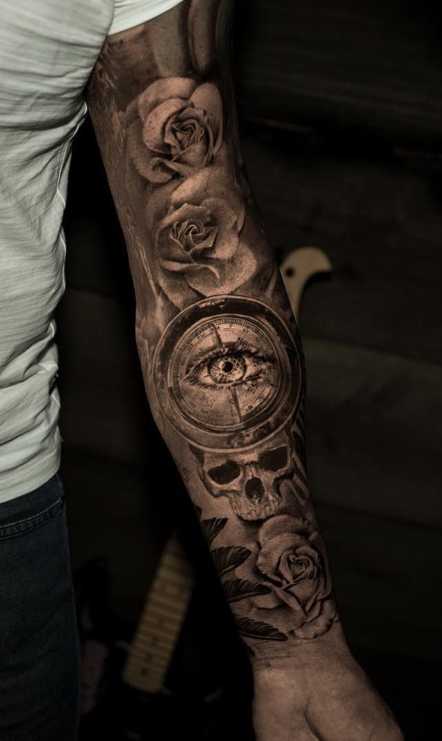 fotos-de-tatuagens-de-braço-fechado-masculina-15