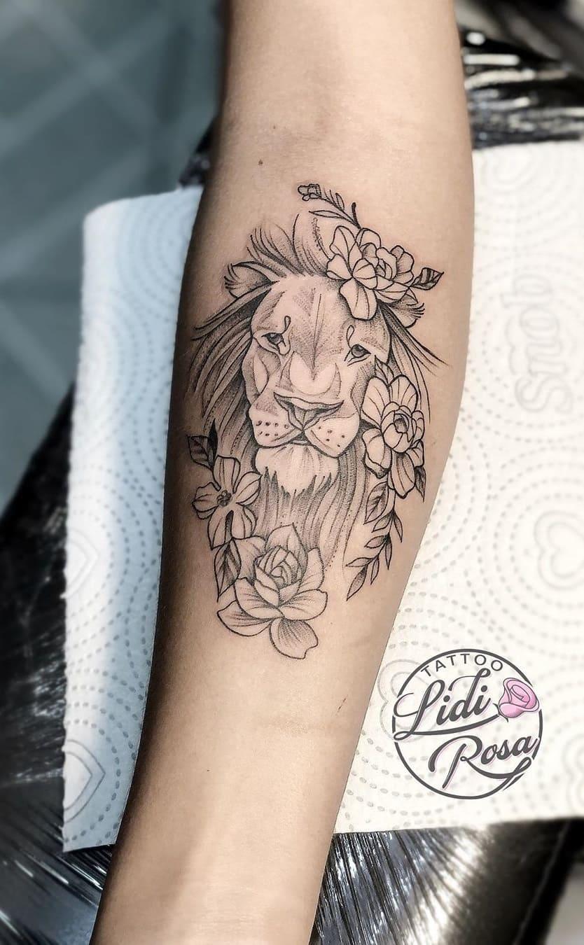 tataugens-femininas-de-leão-no-antebraço-5