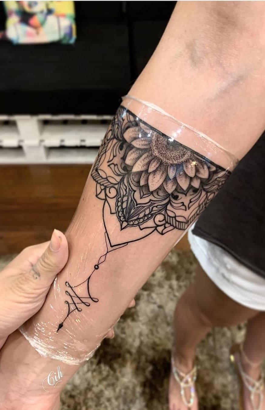 tattoos-femininas-no-antebraço-13
