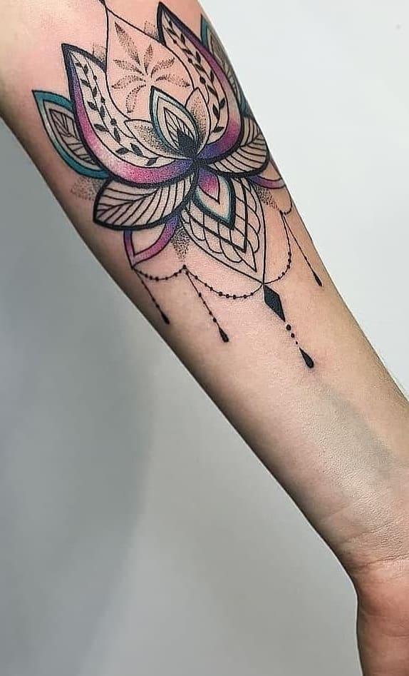 tattoos-femininas-no-antebraço-16
